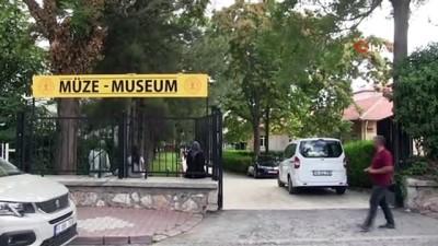 heykel -  Niğde'de tarihi kazılardan çıkan eserler Müzede sergiye sunuldu