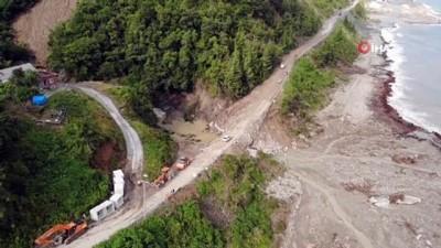 goc -  Çalışmalar gece boyunca sürdü, Sinop-Ayancık yolu ulaşıma açıldı
