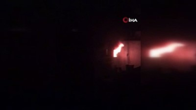 kiz cocugu -  Eski sevgisinin kızı içerdeyken evi ateşe verdi: Linç edilmekten polisler kurtardı