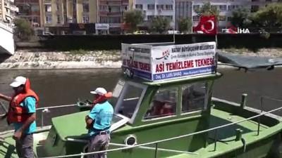 gubre -  Asi Nehri'ndeki katı atık ve su sümbülleri temizleniyor