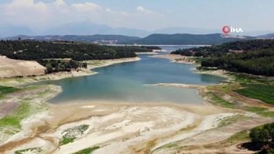 kuraklik -  Aslantaş Barajı'nda korkutan kuraklık manzarası Videosu
