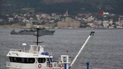 sahil guvenlik -  Rus mayın tarama gemisi 'Kovrovets' Çanakkale Boğazı'ndan geçti