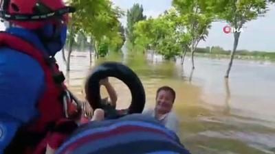 milyar dolar -  - Çin'deki sel felaketinde ölü sayısı 302'ye yükseldi