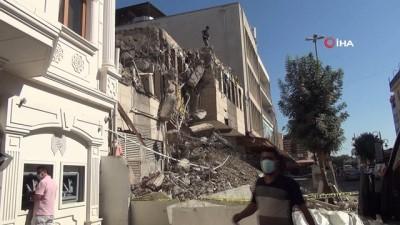 Diyarbakır'da 50 yıllık karakol binası kontrollü yıkıldı