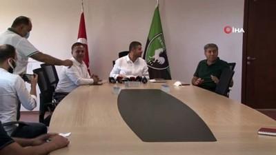 "ekonomi - Mehmet Uz: ""Onazi oynarsa para alacak"""