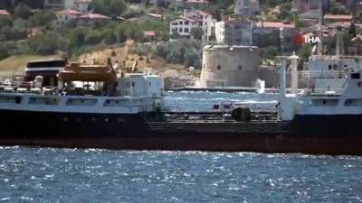 savas -  Rus savaş gemileri Çanakkale Boğazı'ndan geçti