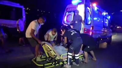 gurultu -  Motosiklet ile yolcu minibüsü çarpıştı: 1 ölü, 1 yaralı
