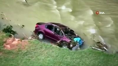 siddetli yagis -  - ABD'deki sel felaketinde can kaybı 21'e yükseldi, 20 kişi kayıp