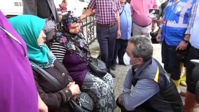 """Bakan Özer: """"Hem yangın bölgesinde hem de sel bölgesinde okullarımız 6 Eylül'de açılacak"""""""