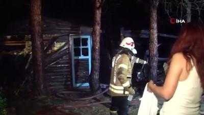 yangin panigi -  Şile'de yangın paniği: Kampçıların yaktığı ateş önce bungalow eve daha sonra ormanlık alana sıçradı