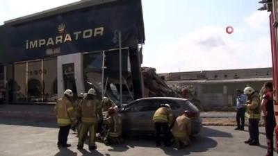 cokme -  İkitelli Masko Sanayii sitesinde tek katlı bir dükkan çöktü