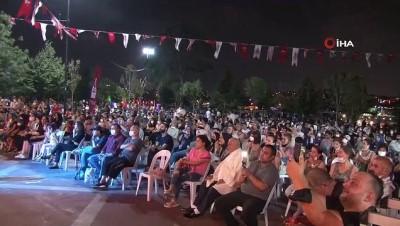 yan etki -  Beyoğlu Belediyesi'nden Hasköy Sahne'de müzik şöleni