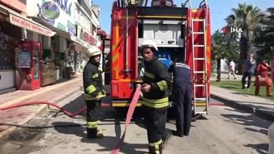 itfaiye merdiveni -  Çatı yangını korkuttu
