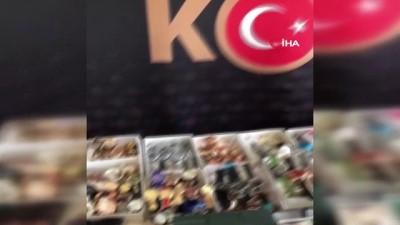 Sivas'ta kaçak kol saatleri ve güneş gözlükleri ele geçirildi