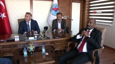 hayvancilik -  Sudan Hayvancılık Bakanı  Abdunnebi' den TÜKETBİR Başkanı Tunç' a ziyaret Videosu