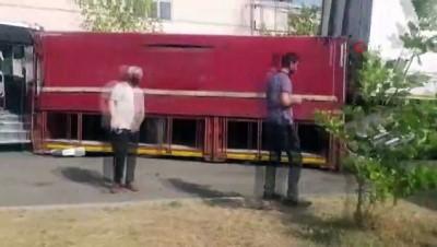 halk otobusu -  Tekirdağ'da facianın eşiğinden dönüldü: Freni boşalan halk otobüsü 7 araca çarparak durdu