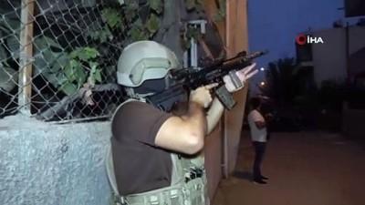 safak operasyonu -  Adana'da torbacılara şafak operasyonu: 9 gözaltı