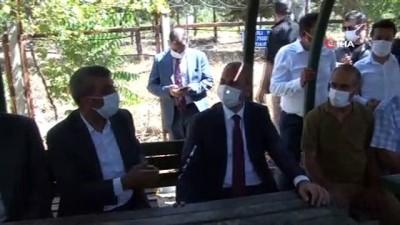 Bakan Gül, taksicilerin sorunlarını dinledi