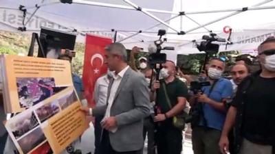 Kılıçdaroğlu Marmaris'te evleri yanan aileyi ziyaret etti, yeşillenen bir ağacın fotoğrafını çekti