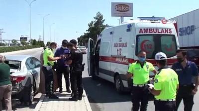 Su almak için duran otomobile hafif ticari araç arkadan çarptı: 1 yaralı