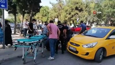 motosiklet surucusu -  Ticari taksiyle çarpışan motosiklet sürücüsü yaralandı