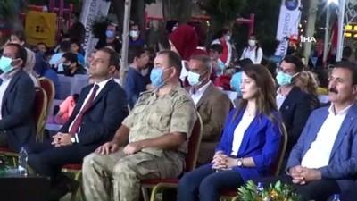 genc kiz -  İpekyolu Vânî Mehmet Efendi Eğitim Köşkü'nde açılış coşkusu