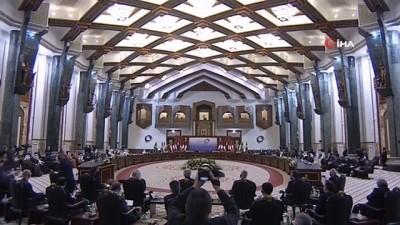 """- Macron: """"Bağdat İşbirliği ve Ortaklık Konferansı, Irak için bir zafer"""""""