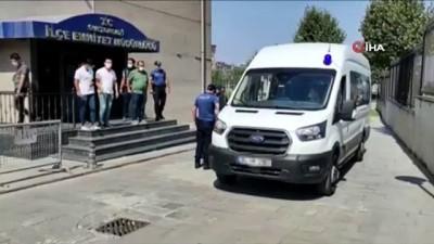 gozalti -  Sultangazi'de polislere saldıran 8 kişi serbest bırakıldı