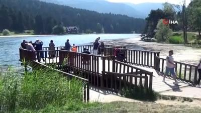hatira fotografi -  Gölcük Tabiat Parkı hafta sonunda tatilci akınına uğradı