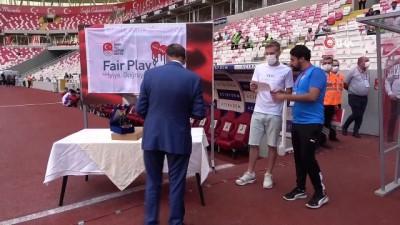 futbol - Sivassporlu Pedro Henrique'ye Fair Play ödülü