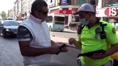 """Kendisine ceza yazan polise vatandaştan tepki: """"İnşallah sizin de başınıza gelir"""""""