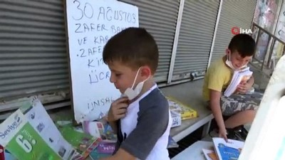 TADDEF 30 Ağustos Zafer Bayramı ve Karabağ Zaferi anısına ücretsiz kitap dağıttı