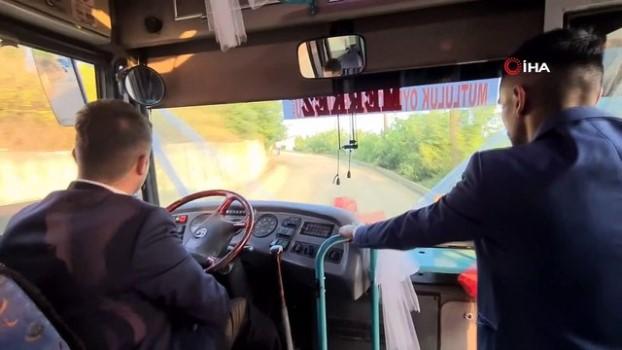 halk otobusu -  Tanıştıkları Halk otobüsünü gelin arabası yaptı