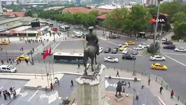 heykel -  Ulus Atatürk Anıtı restore edildi