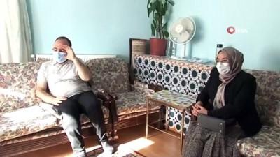 Vali Yırık ve eşi, Zafer Bayramının 99'uncu yılında, 99 yaşındaki Pembe Dağoğlu ile bir araya geldi