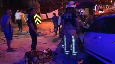 Kamyonete arkadan çarpan otomobil alev aldı: 1 yaralı