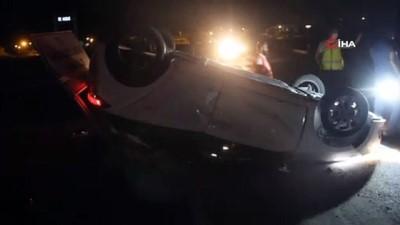 Zara'da iki otomobil kafa kafaya çarpıştı: 8 yaralı