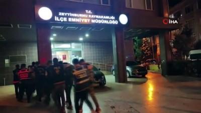 sinir disi -  Zeytinburnu'nda askeri kamuflajlı 9 kaçak göçmen yakalandı