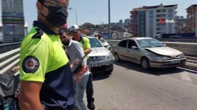 motosiklet surucusu -  Motosiklet sürücüsü kazada yaralandı Videosu