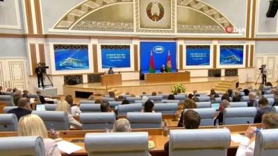 - Belarus Devlet Başkanı Lukaşenko'dan yeni anayasa için şeffaf referandum sözü